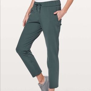 Lululemon on the fly pants teal gray size 4